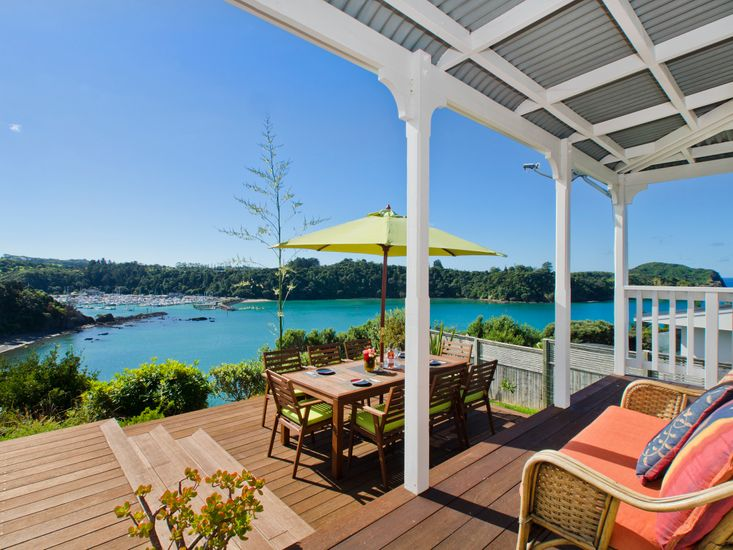 Outdoor living with a view!