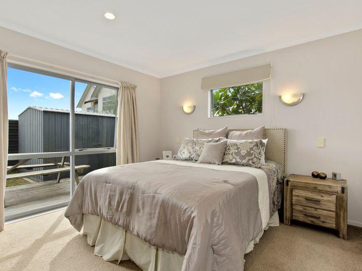 Bedroom 1 -Master