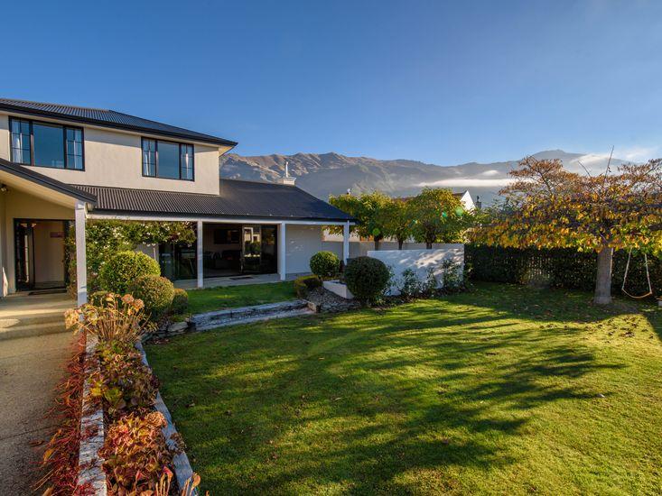 Willowridge Escape - Wanaka Holiday Home