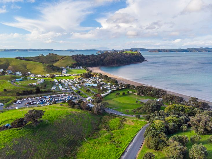 Nearby Aerial Views of Martins Bay