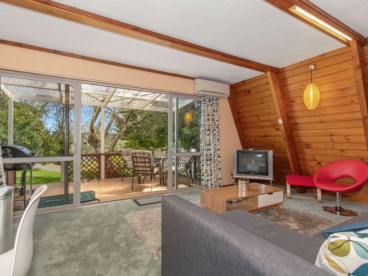 Living Area - Indoor / Outdoor Flow