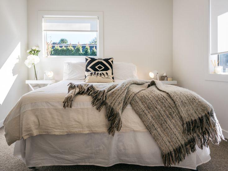 Bedroom 2 - 2 king single beds not queen bed as shown