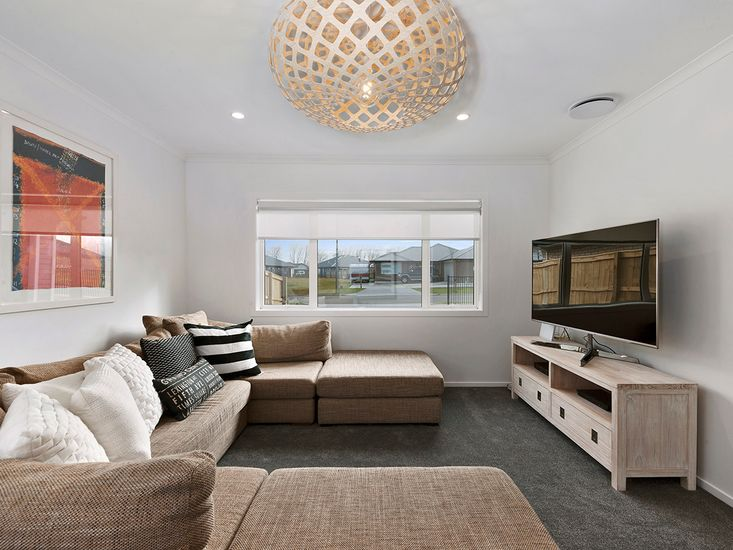 Second Lounge Room / TV Room