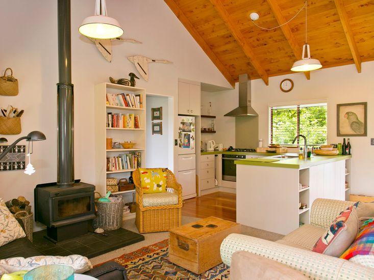 Lounge onto Kitchen