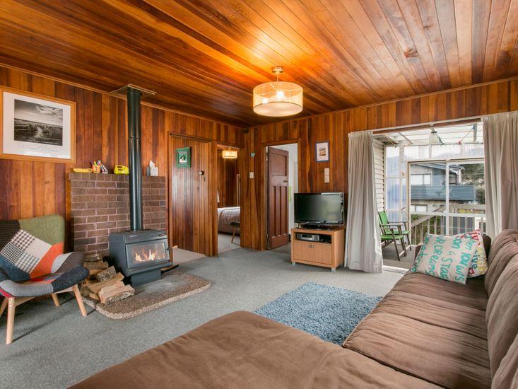 Lounge - Fireplace