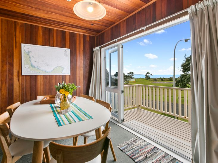 Waihi Charm - Waihi Holiday Home