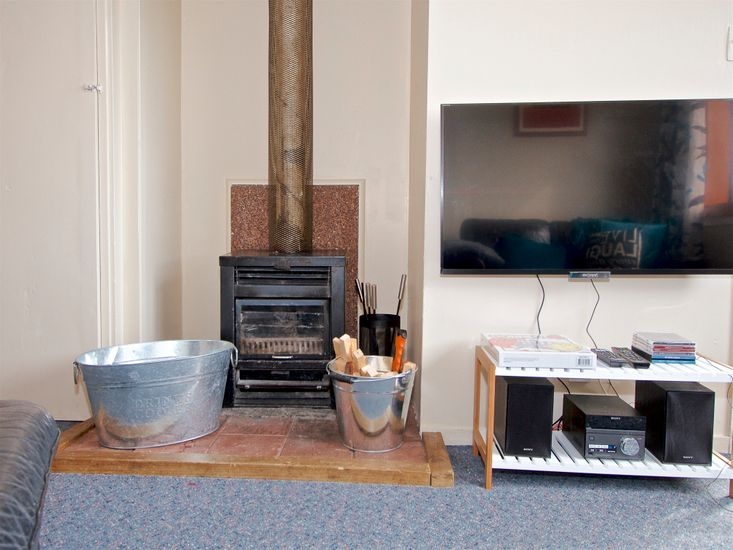 Fireplace - TV
