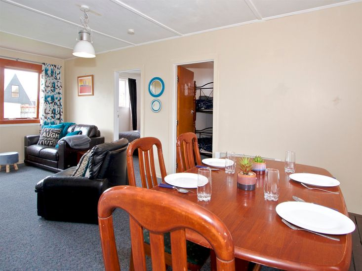 Dining + Lounge