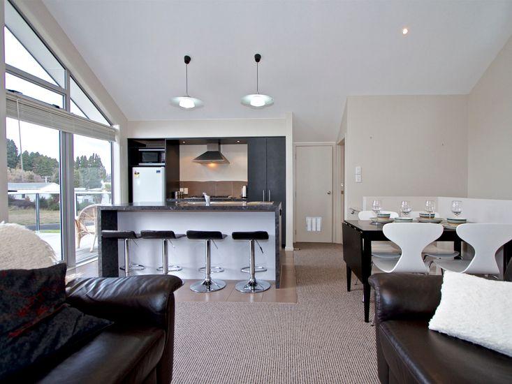 Living Area onto kitchen