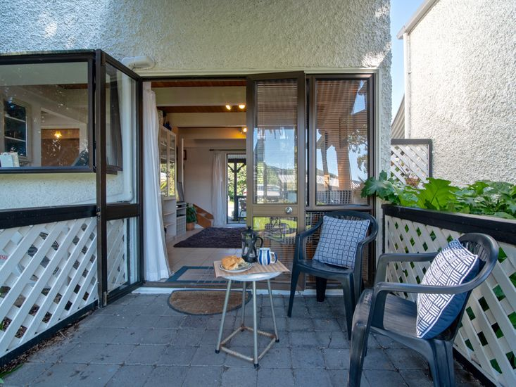Outdoor Patio and Seating