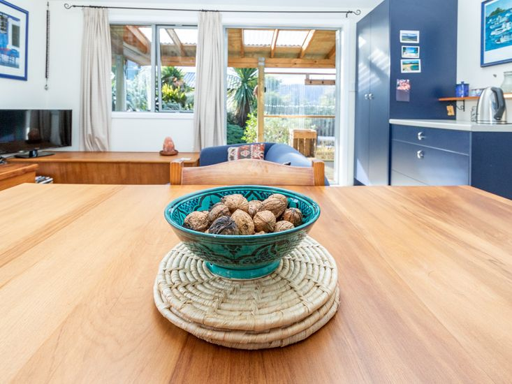Dining table onto access to the decking