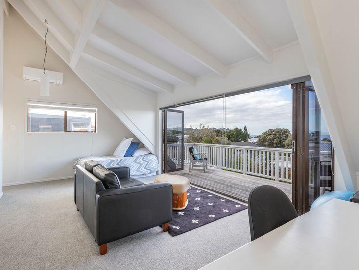 Upstairs lounge onto decking