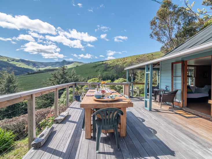 Manaia Cottage - Akaroa Holiday Home