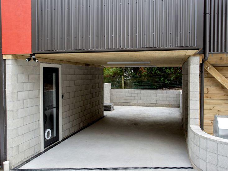 Built-in carport