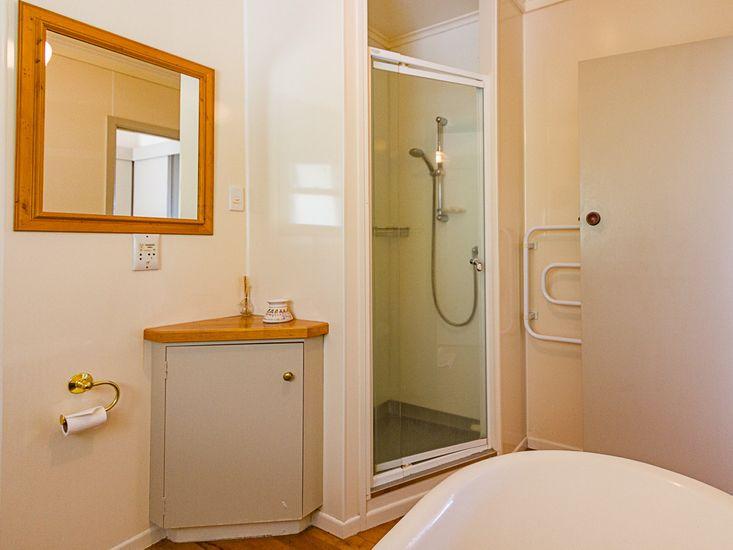 Main Bathroom with Clawfoot Tub!