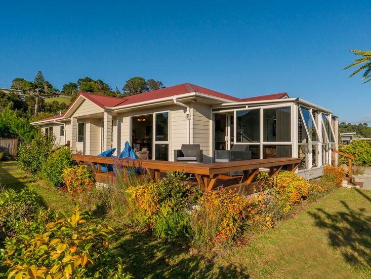 Home Base - Cooks Beach Holiday Home