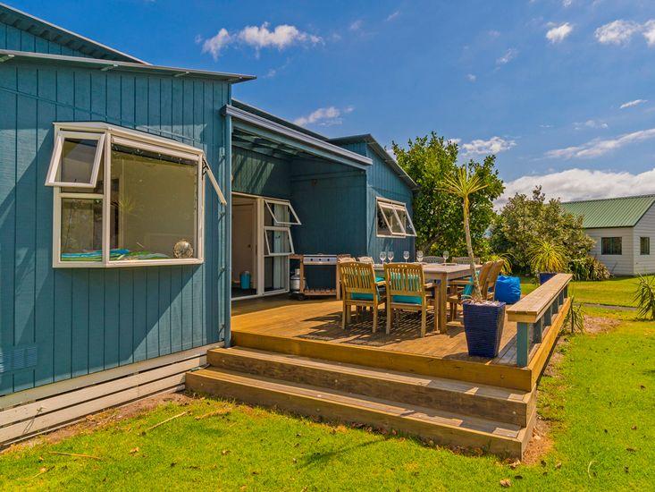 Welcome to Bahama Blue!