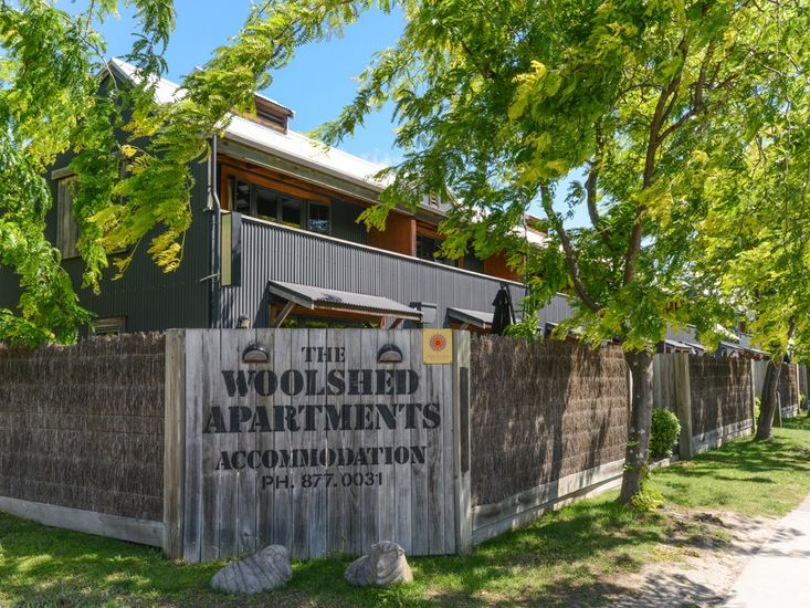 Woolshed Apartment No.4