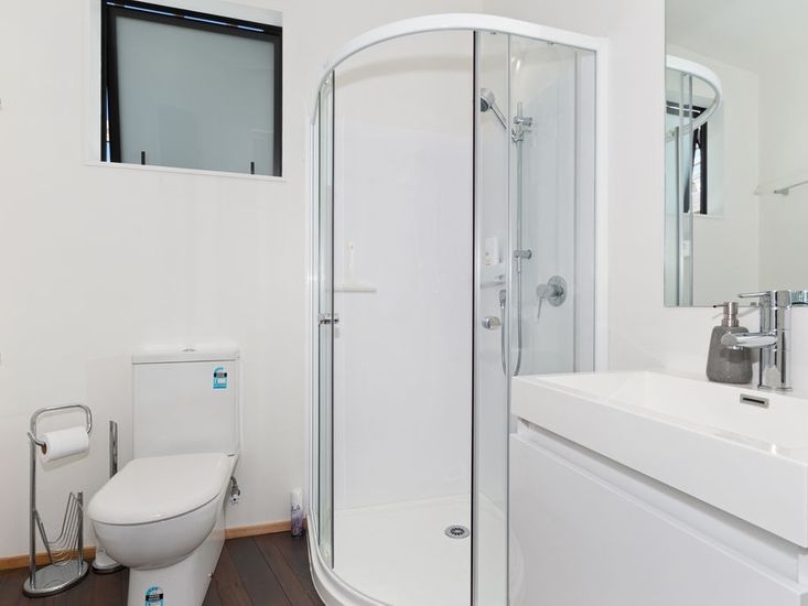 Ensuite to second master bedroom