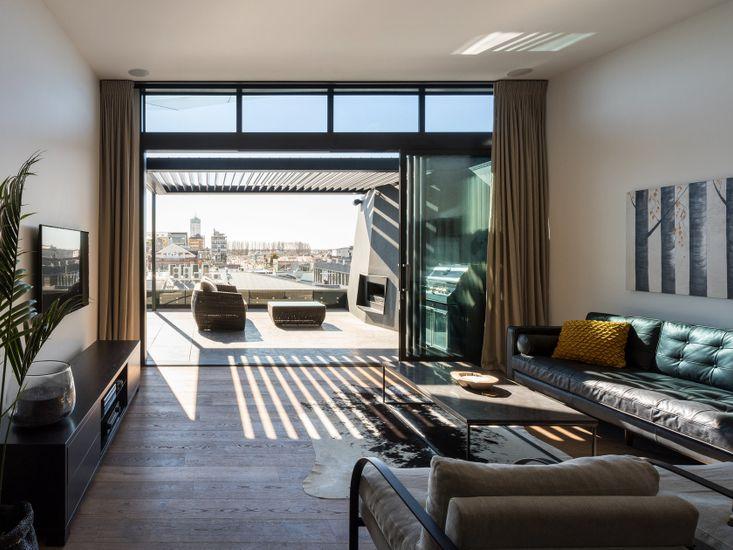 NY Style Luxury Penthouse Apartment - Inner City