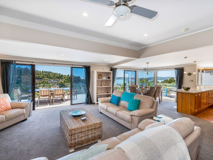 Open Plan Living with Stunning Views