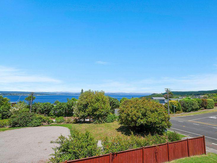 Acacia Bay of Lake Taupo