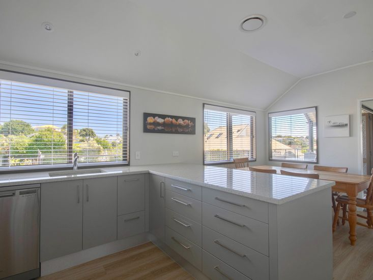Kitchen onto dining table