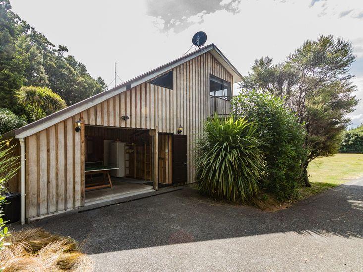 The Hut Retreat