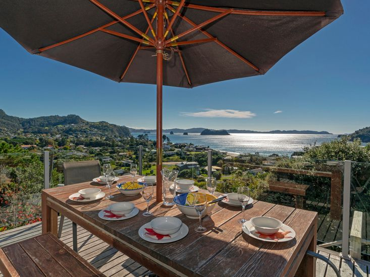 Panorama in Hahei - Hahei Holiday Home