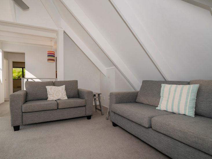 Mezzanine lounge area