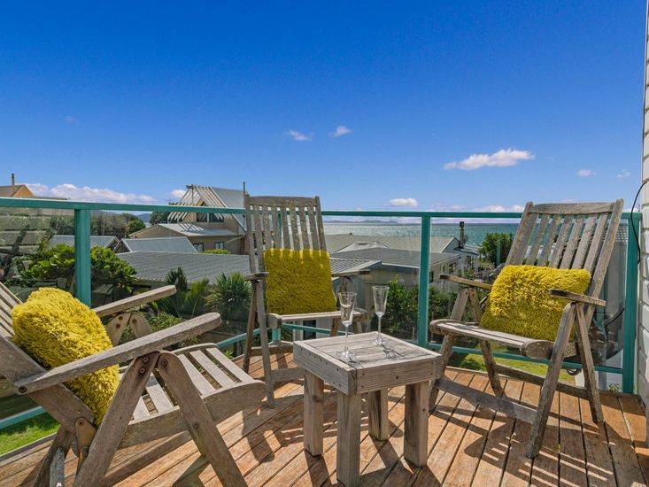 Sundeck for outdoor living with views