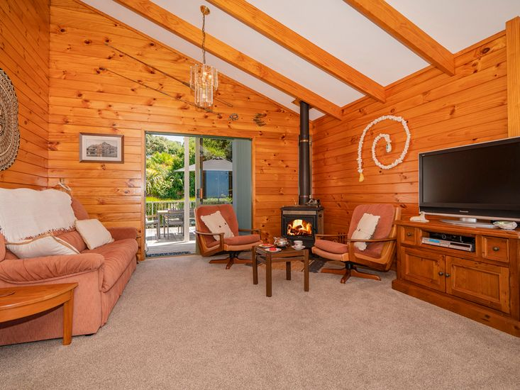 Cosy in the Winter, Open Plan in the Summer!