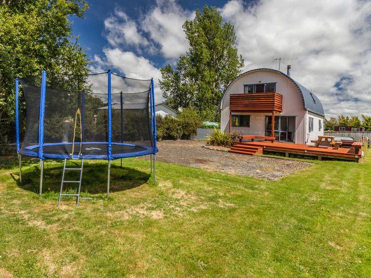 Garden space and trampoline