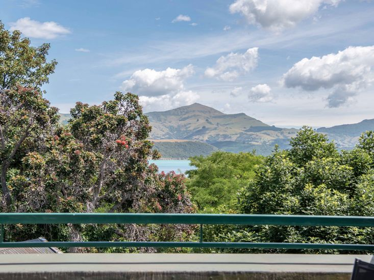 Harbour Views from Jolie - Akaroa Holiday Home