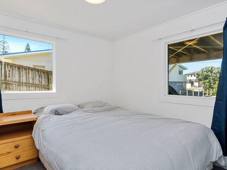 Bedrooms 3 - Downstairs
