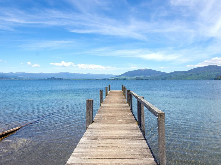 Local jetty into the lake from Trendies Place - Kuratau Holiday Home