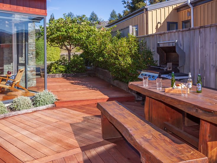 Sunny Deck and Outdoor Dining