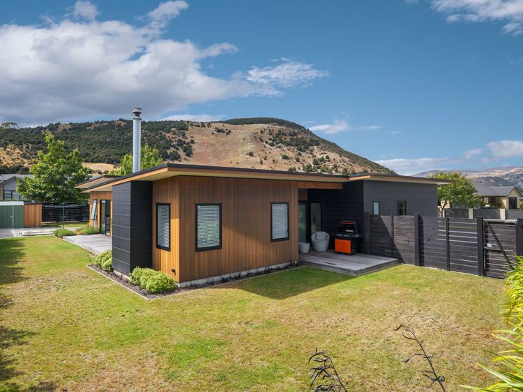 Sierra Oasis - Wanaka Holiday Home