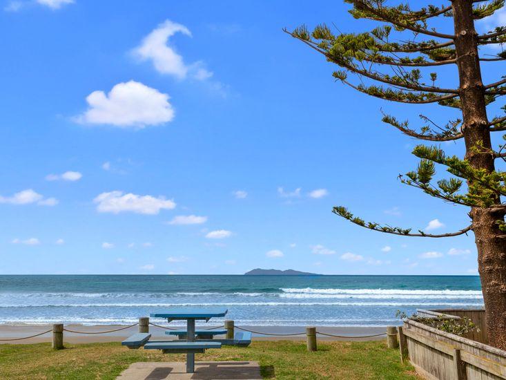 Nearby Waihi Beach