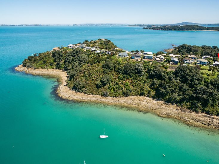 Sol Spa Oasis - Waiheke Holiday Home