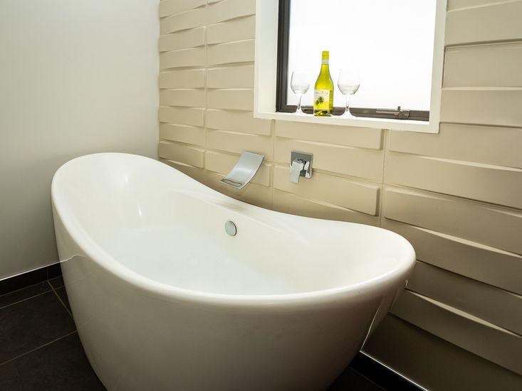 Large stand alone bathtub