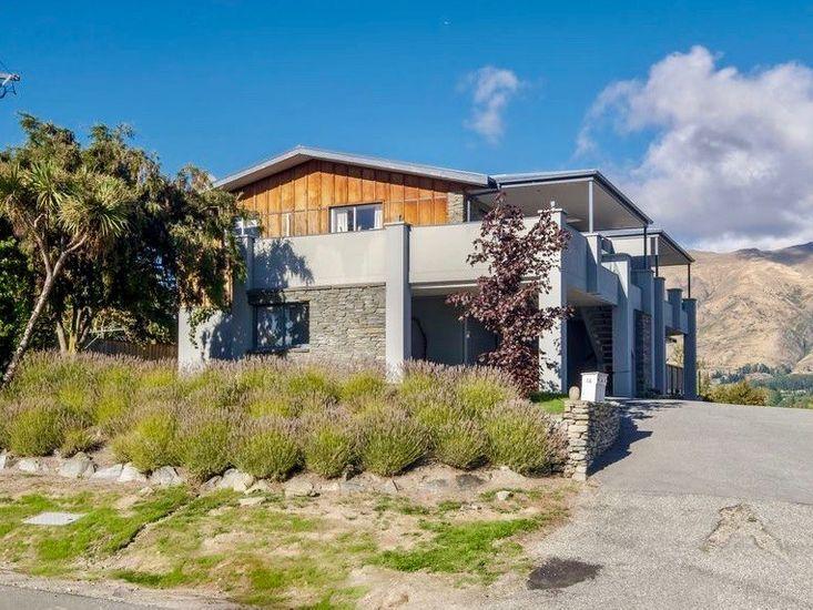 Matai Views - Wanaka Holiday Home
