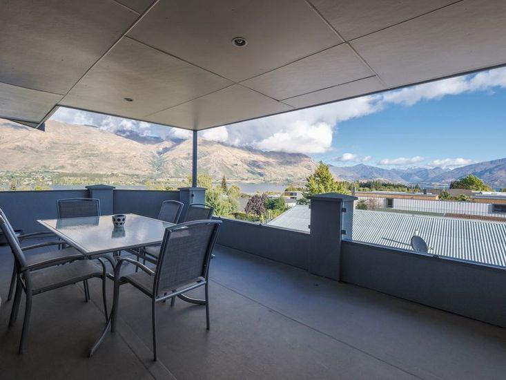 Matai Views- Wanaka Holiday Home