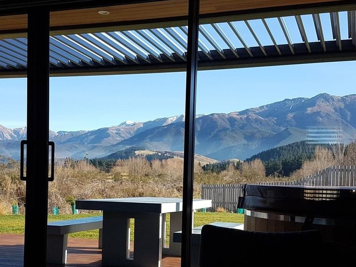 Amazing Views from Stella's Retreat - Hanmer Springs Holiday Home