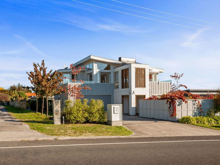 Bluebird Chalet - Taupo Holiday Home