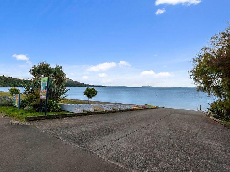 Pukawa Bay - Lake Taupo