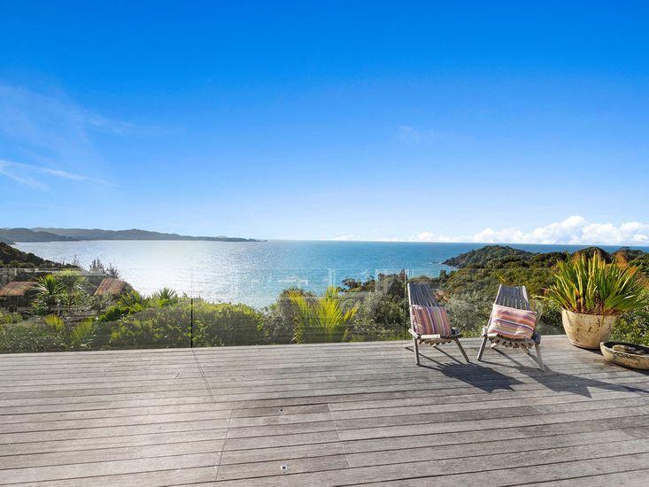 Matapouri Views Forever - Matapouri Holiday Home