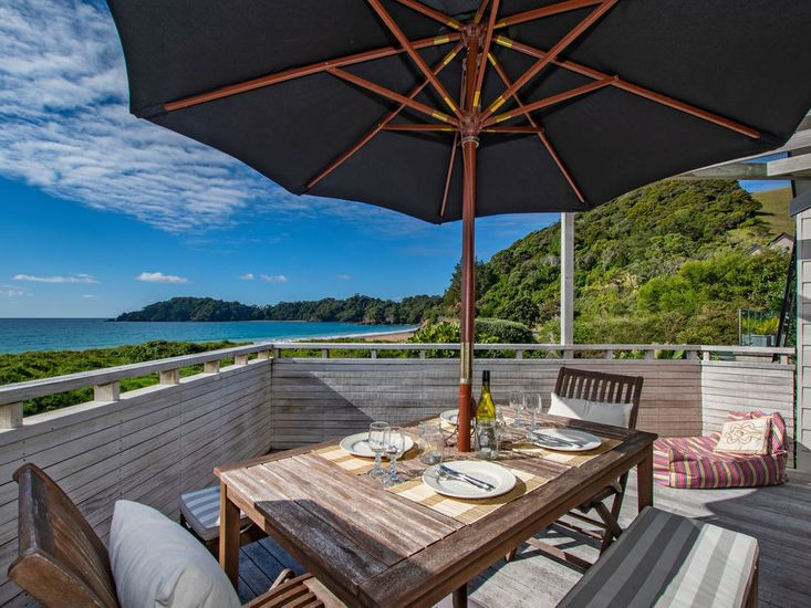 Spectacular Woolleys Bay - Matapouri Holiday Home