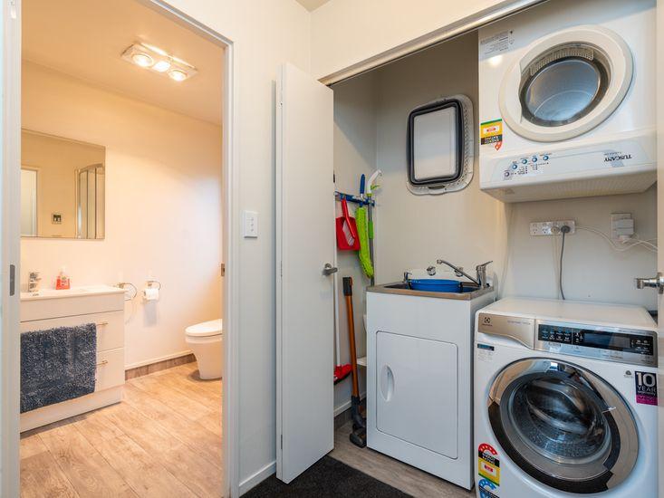 Laundry on bathroom 2