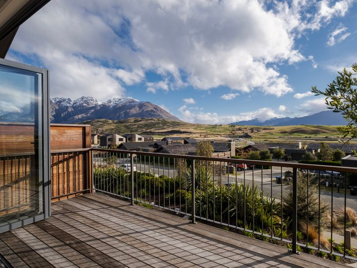 Views of the surrounding mountains from the sundeck